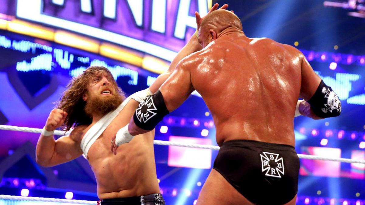 daniel bryan and hhh square off in the opening match of Wrestlemania 30